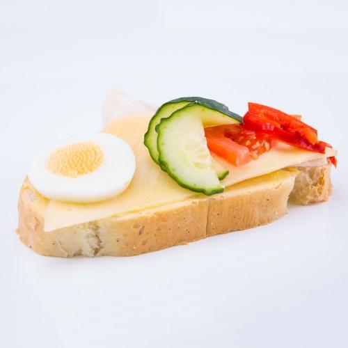 Obložený šunkovo syrový chlebik - Obložené chlebíky