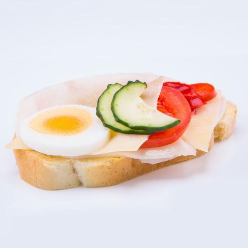 Obložený kurací chlebík - Obložené chlebíky