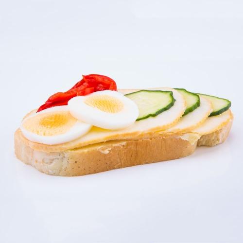 Obložený chlebík syrový - Obložené chlebíky