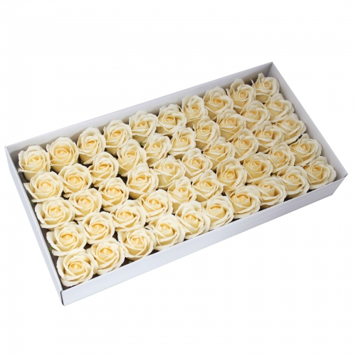 Mydlové kvety, stredná ruža - krémová