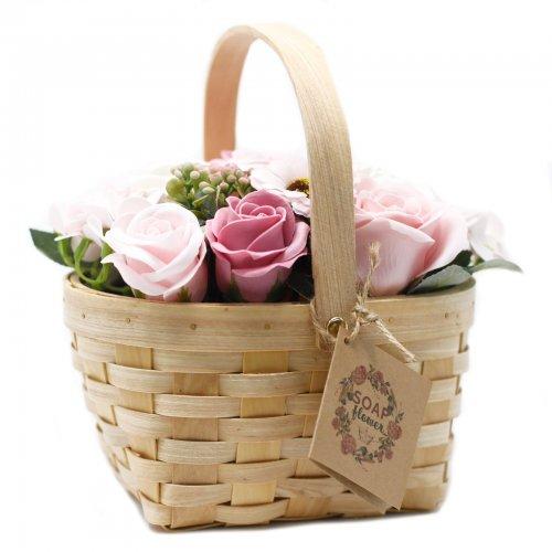Veľká ružová kytica v prútenom koši - V prútenom koši