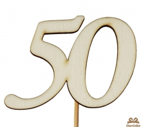 Drevený výsek s číslom 50
