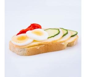 Obložený chlebík syrový
