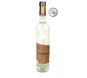 Darčeková fľaša - vodka (borovička) so zlatom Drevená - K výročiu