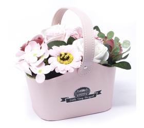 Malá mydlová kytica v košíku - ružová